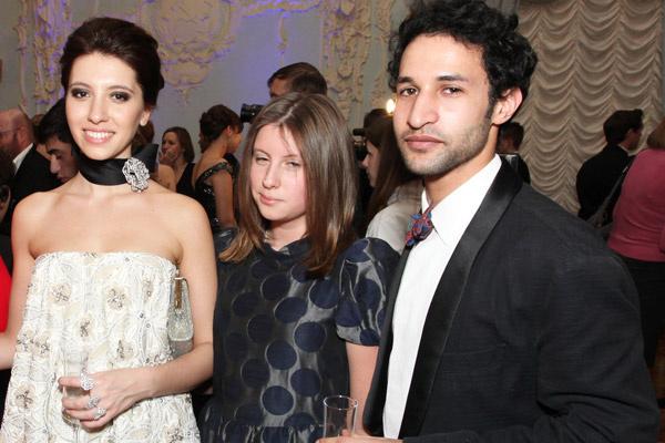 Инга, Арина и друг Инги – Нори.  Бал дебютанток Tatler, 2011 год