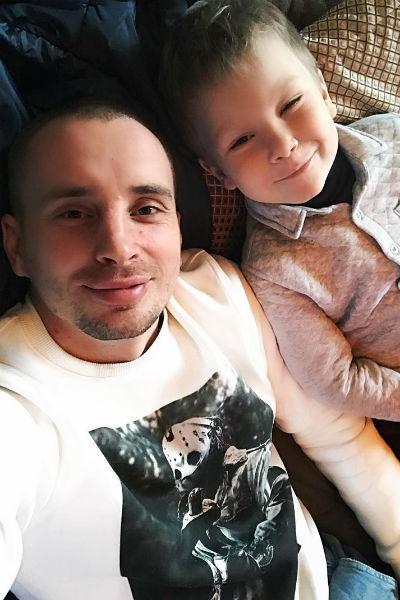 Сейчас Иванов старается максимум времени проводить с сыном от первого брака