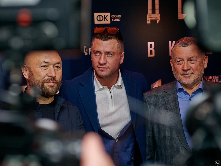 Тимур Бекмамбетов, Павел Прилучный и Александр Девятаев