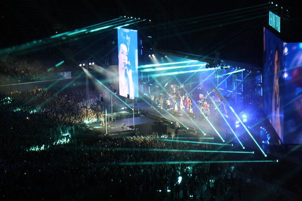 Концерт посетило более 67 тысяч зрителей