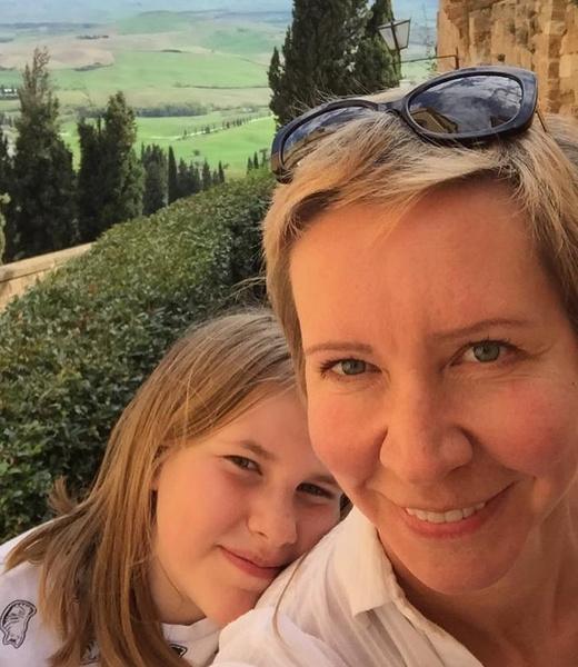 Татьяна живет с дочерями в Испании