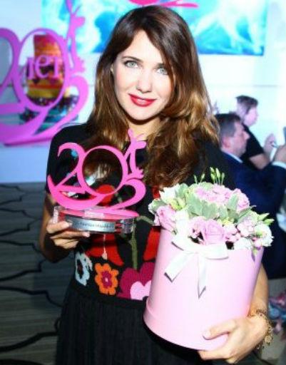 Екатерина Климова получила премию «Романтическая мама»