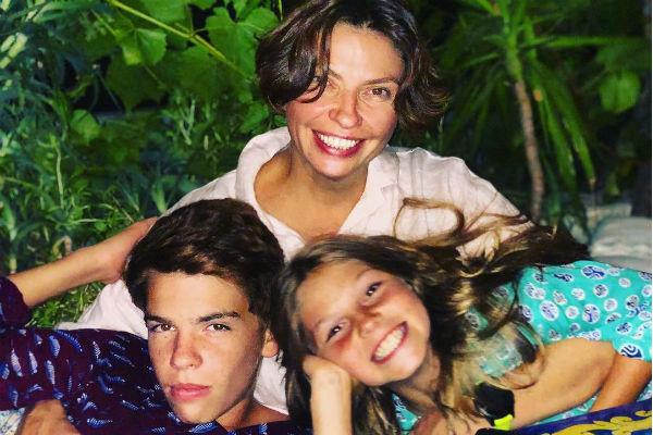 Наталья Синдеева с детьми