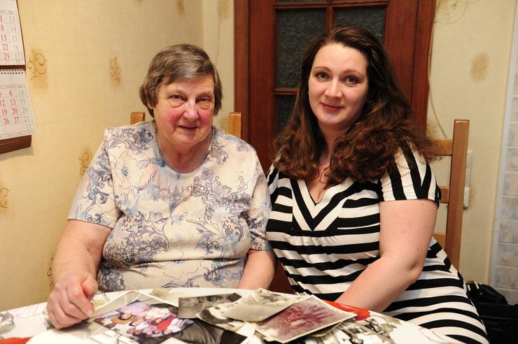Первая жена Валентина и дочь Надежда часто приходили в клинику к больному Белявскому