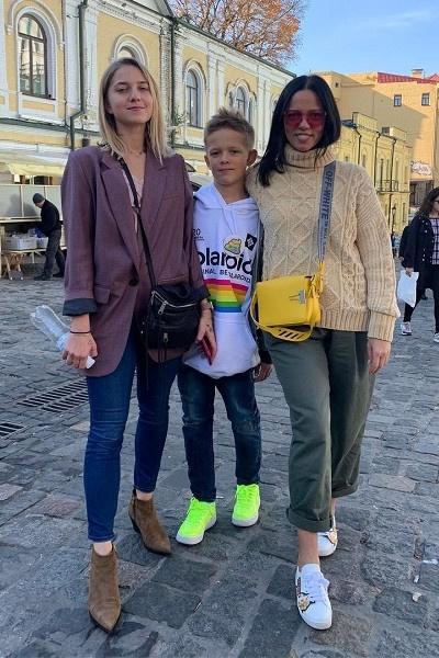 Ирина Горовая с детьми