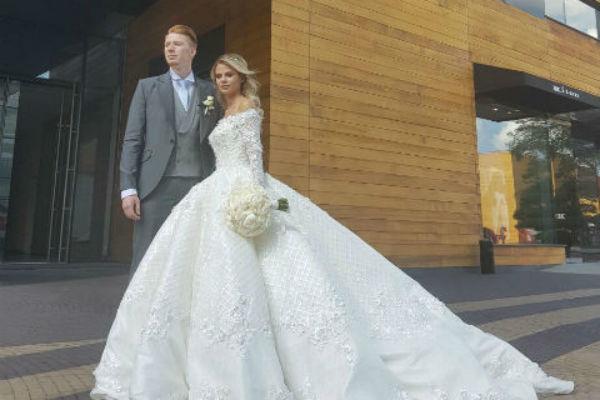 Пара сыграла в свадьбу в 2017 году