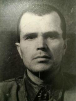 Анисимов Григорий Степанович, 1904 года рождения, уроженец деревни Бубново Горьковской области. Пропал без вести под Сталинградом