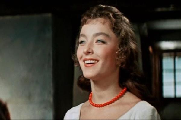 К первым ролям в кино Анастасия Вертинская относилась скептически