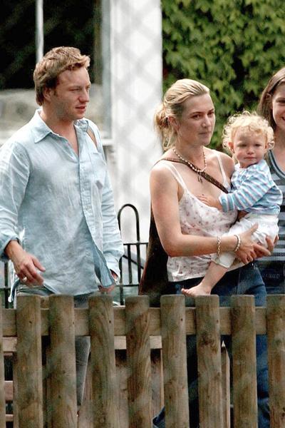 Спустя год после рождения дочери Кейт и Джеймс развелись