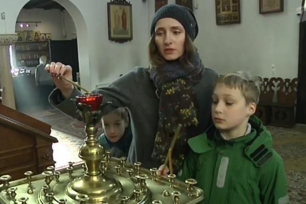Бегунова надеется, что сможет достойно воспитать сыновей
