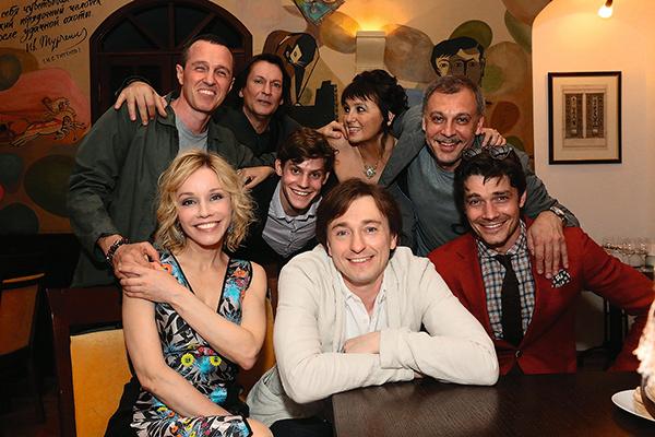 С коллегами на съемках программы «Приют комедиантов», 15 июня 2015 года