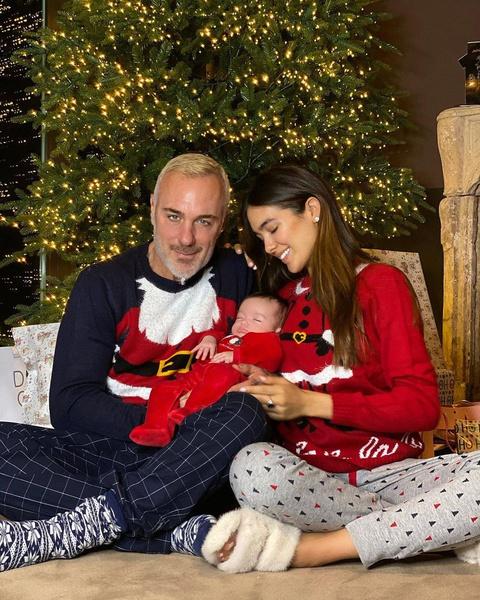 Джанлука Вакки со своей избранницей и дочерью