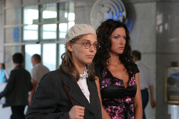 Актриса обрела популярность после выхода сериала «Не родись красивой»