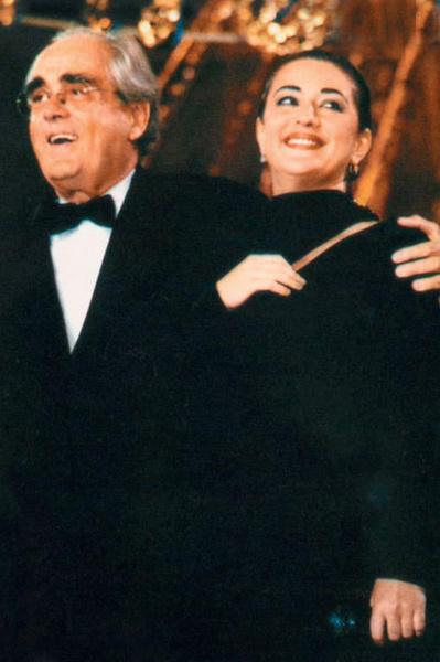 Зрители были уверены, что между певицей и Леграном — настоящая «химия»