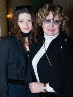 Марина Неёлова с дочерью Никой