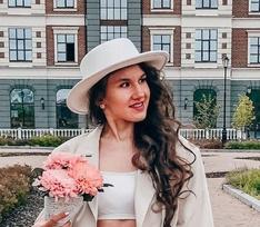 Задушил и четыре дня держал дома труп: подробности убийства блогера Кристины Журавлевой
