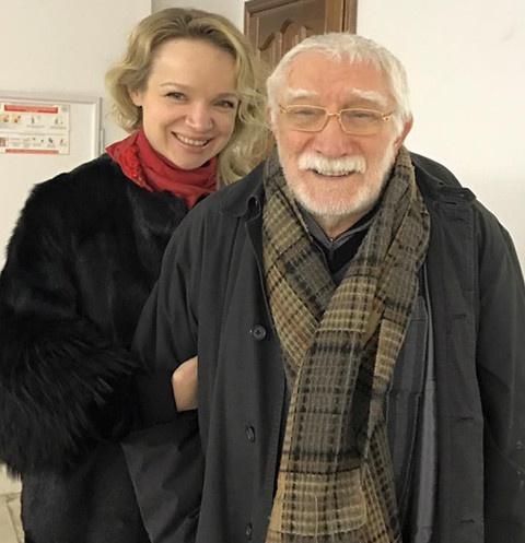 Армен Джигарханян развелся с Виталиной Цымбалюк-Романовской в ноябре