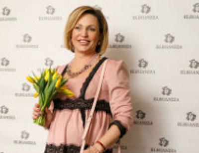 Беременная Алла Довлатова повеселилась на модной вечеринке