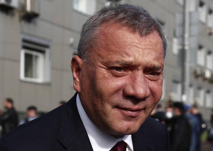 Член правительства Юрий Борисов