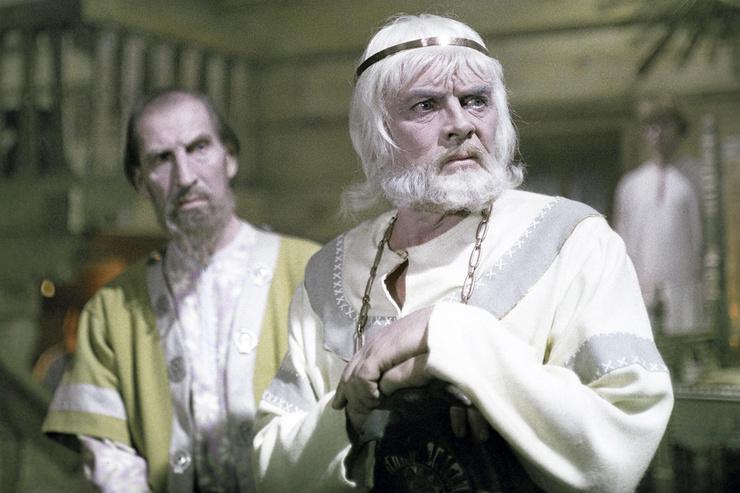 В собственной версии «Снегурочки» Кадочников исполнил царя Берендея, а на роль Леля утвердил Евгения Жарикова