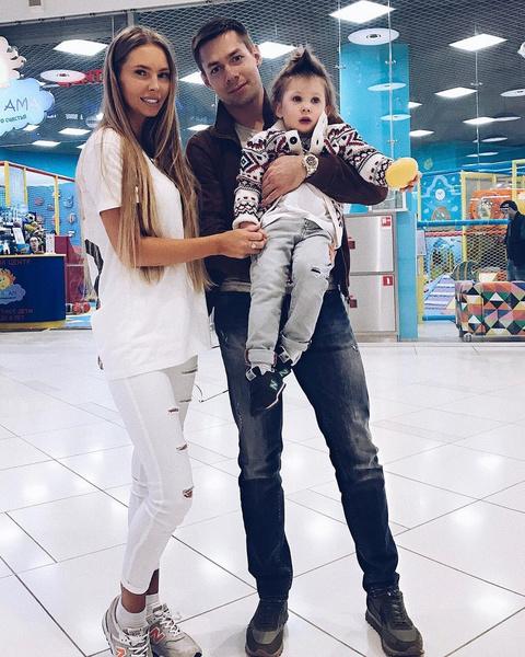 Стас Пьеха с бывшей женой и сыном Петей