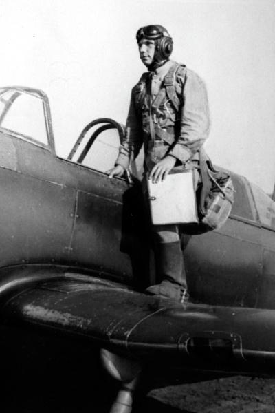 Гагарин влюбился в профессию летчика