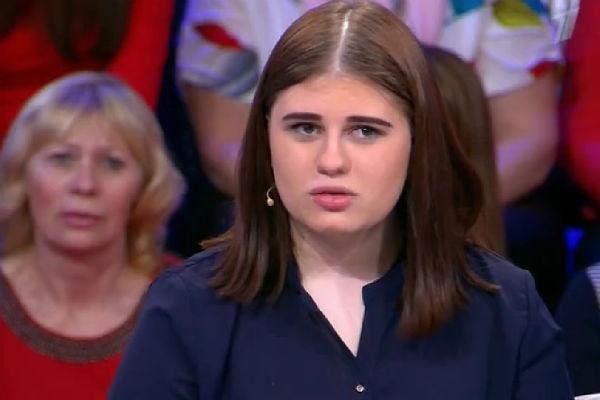 Валерия очень похожа на свою знаменитую маму