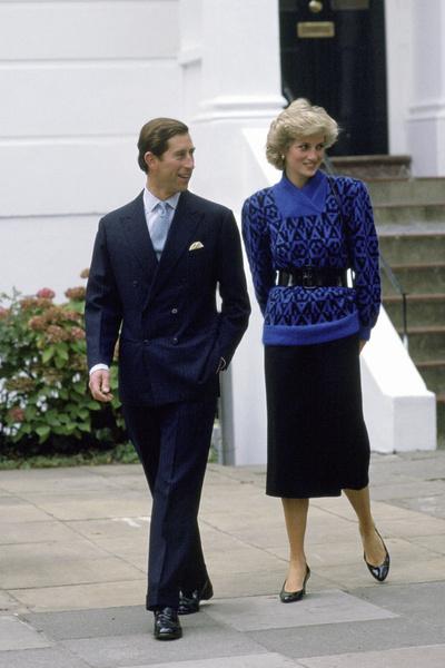 Сын королевы всегда выглядел стильно