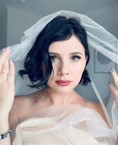 Беременная Марина Балмашева вышла замуж за пасынка