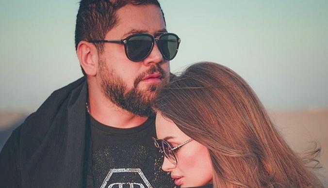 После разрыва с Евгенией Феофилактовой арабский бизнесмен отдыхает с моделями