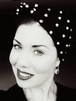 Екатерина Пономарева, ведущий визажист MAC в России и СНГ