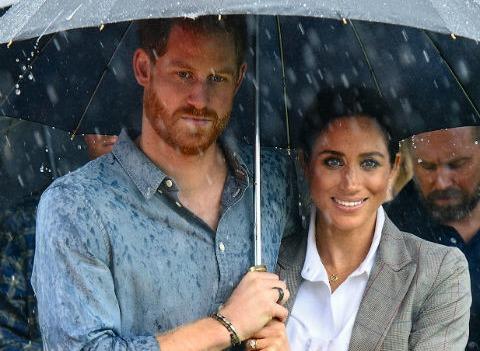 Принц Гарри отказался от алкоголя на время беременности Меган Маркл