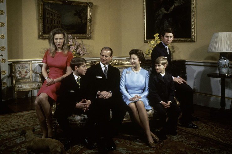 Филипп всегда был особенно близок с младшим сыном Эдвардом