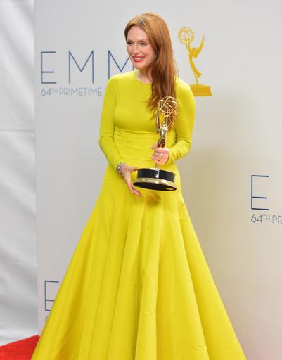 Джулианна Мур выиграла приз в номинации «Лучшая женская роль в телефильме»