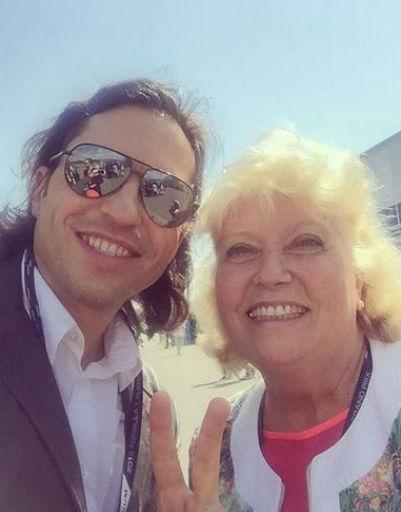 Александр Ревва с мамой Любовью Николаевной