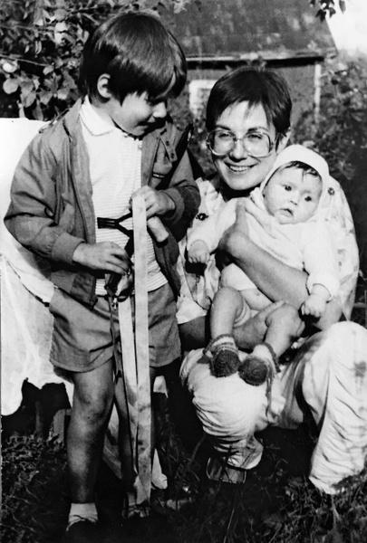 Во втором браке у Илоны Броневицкой родилась дочь Эрика
