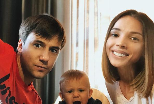 Молодые родители уже расставались минувшим летом