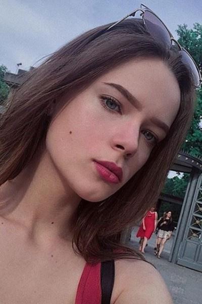 Дочь Алена предпочла переехать к Владимиру Политову