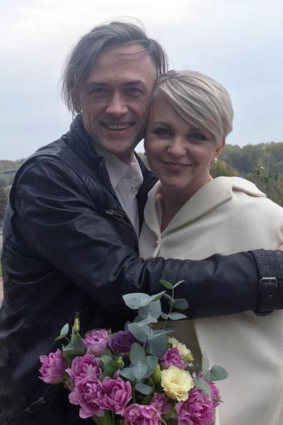 Пара поженилась в конце октября