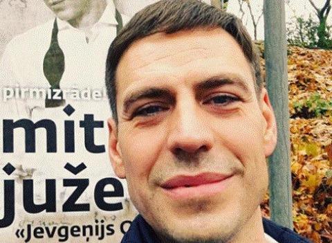 Дмитрий Дюжев устроил скандал после инцидента в аэропорту