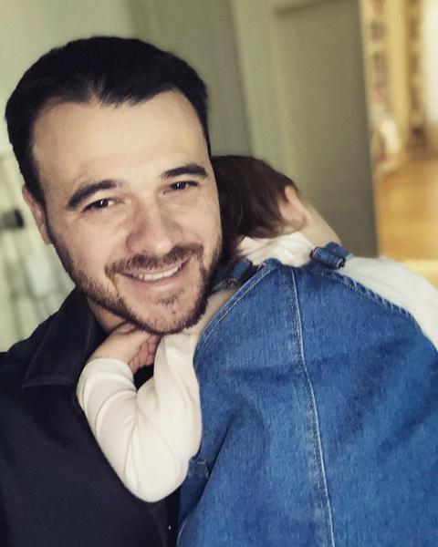 Эмин очень много времени проводил с маленькой дочерью от Алены