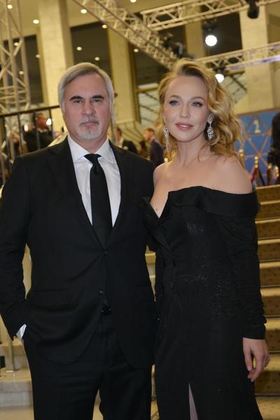 Валерий Меладзе сделал Альбине Джанабаевой дорогой подарок в честь рождения дочери