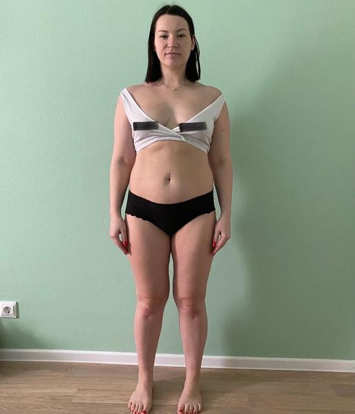 После родов Ида долго боролась с лишними килограммами, но в последнее время все же привела свое тело в тонкую форму.