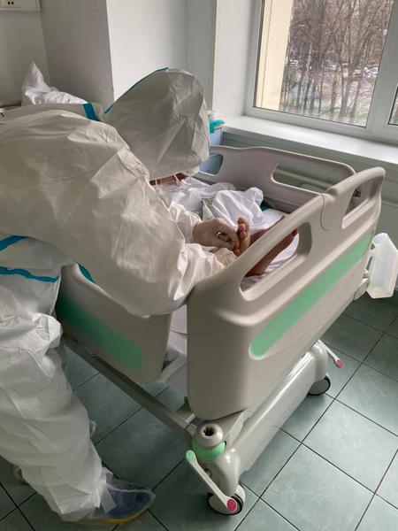 Одна из обязанностей волонтеров — активизация пациентов