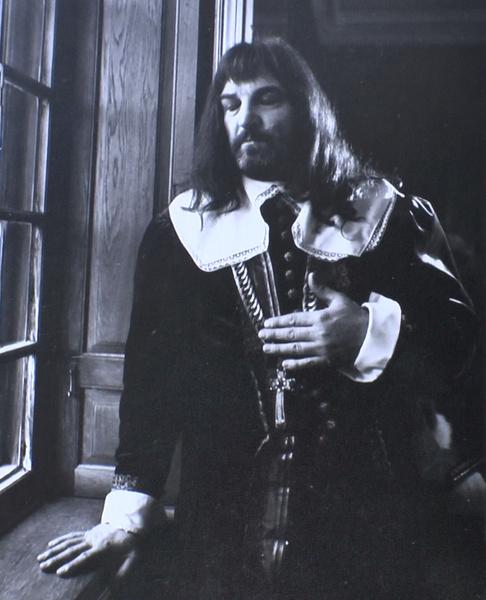 Алексей Петренко сыграл Карла Первого в «Мушкетерах двадцать лет спустя»