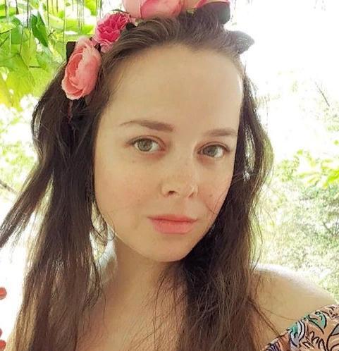 Наталия не комментирует слухов о своей беременности