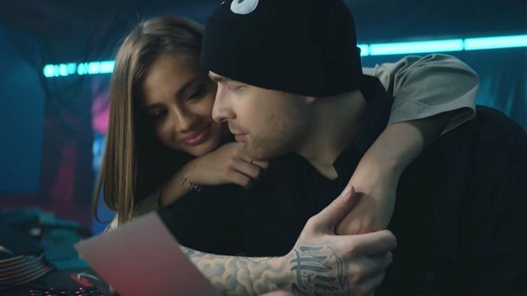 Вале и Егору стали приписывать отношения после совместного клипа