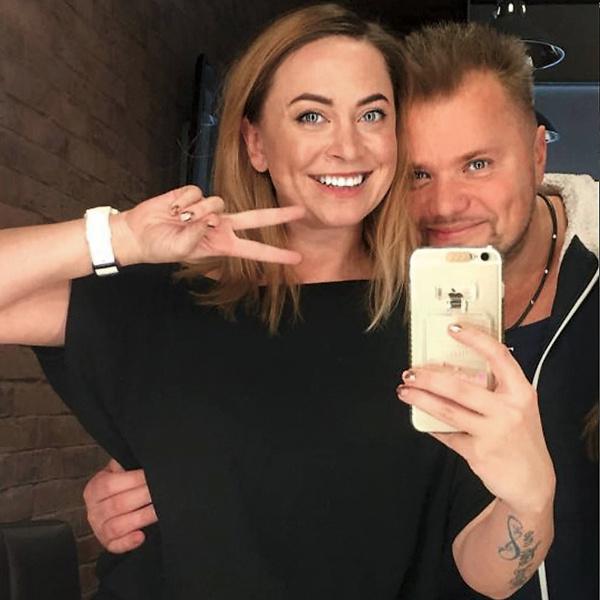 Недавно сестра Наталья записала песню вместе с экс-солистом «Турбомоды» Александром Поповым