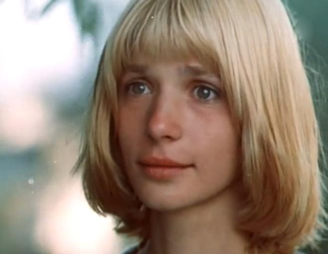 Для фильма «О тебе» имидж Веры Глаголевой изменили почти до неузнаваемости