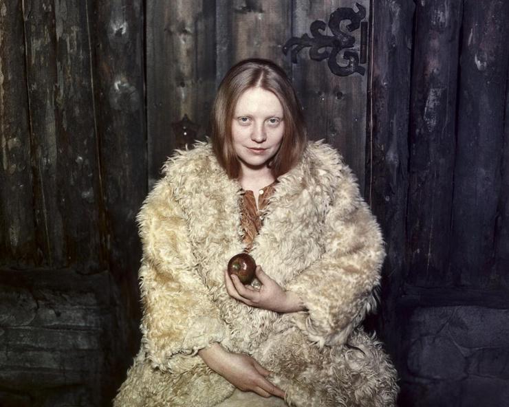 На обложке книги был сделан снимок второго мужа актрисы - Юрия Векслера.
